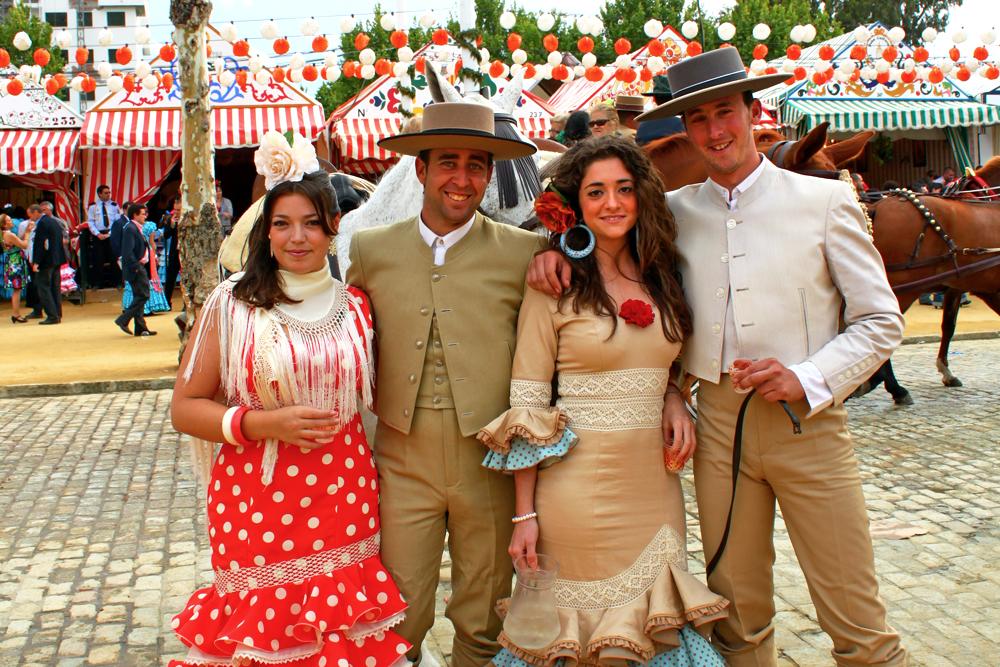 feria-de-abril-sevilla-spanish-festivals-outfits.jpg
