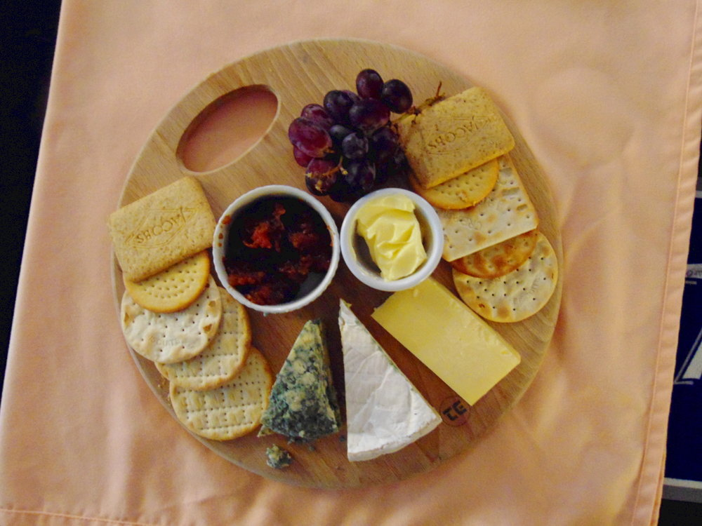 The-White-Hart-Inn-Bridestowe-Devon-Gallery-Eat-with-Us-Cheese-Board-Four-Courses-Stilton-Cheddar-Brie-Port.JPG