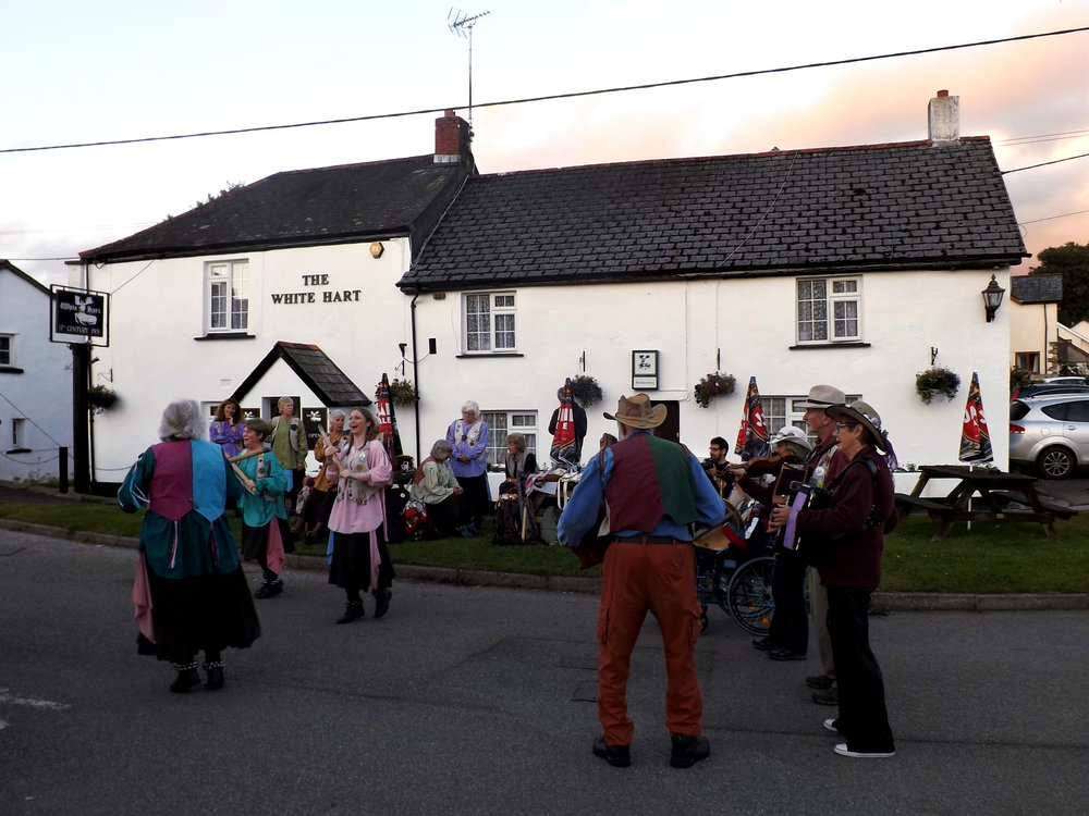 White-Hart-Inn-Bridestowe-Devon-Dartmoor-Countryside-Morris-Dancers-Entertainment-Community-Country-Life-Village-Views.jpg