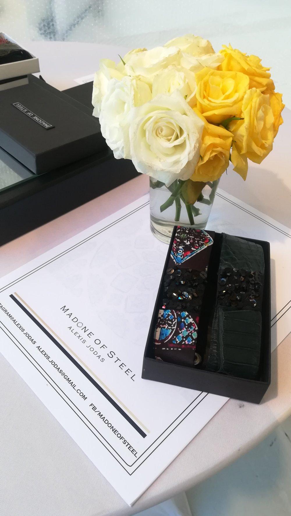 Accessoires bracelets cuirs et Swarovski Alexis JODAS version noir.jpg