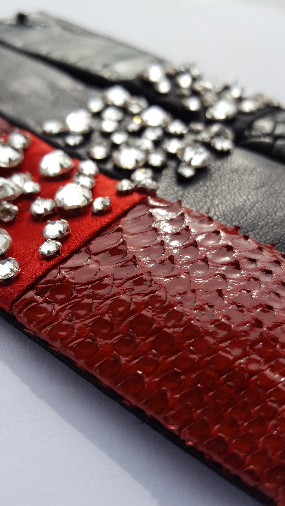 Accessoires bracelets cuirs et Swarovski Alexis JODAS.jpg