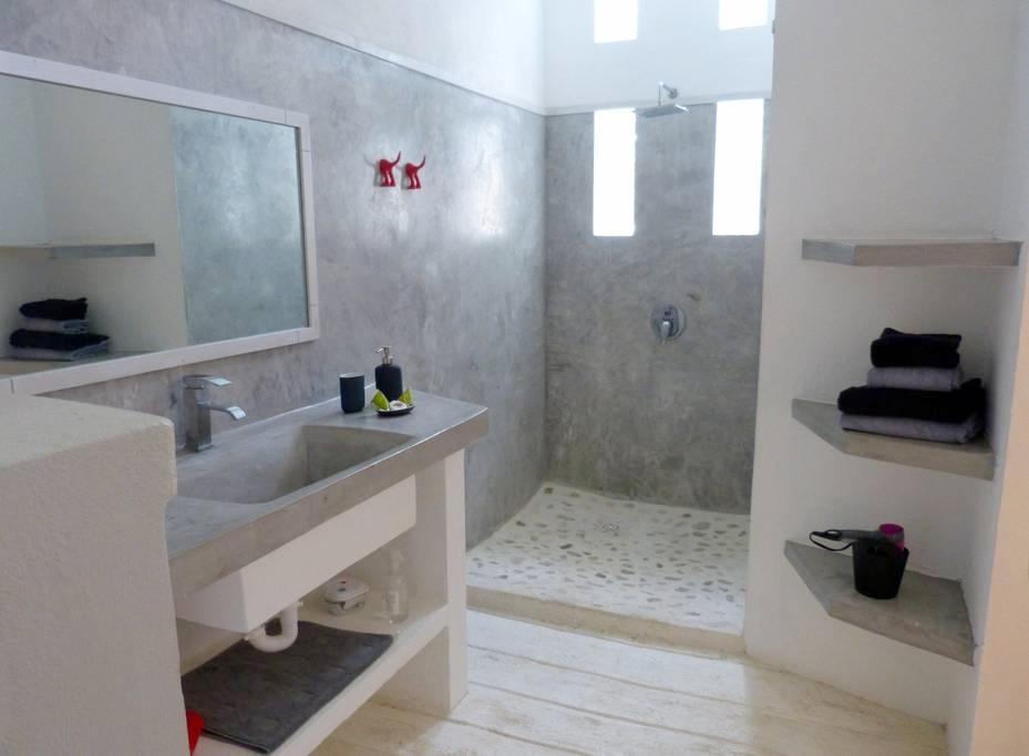 Private bathrooms with modern design