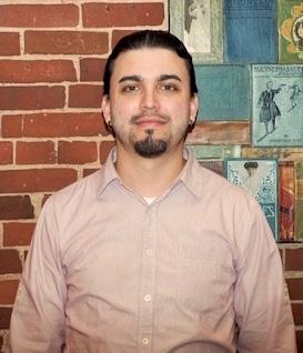 Jona Ruiz   jona@sparkholyoke.com  Coordinador de mercadeo y administración