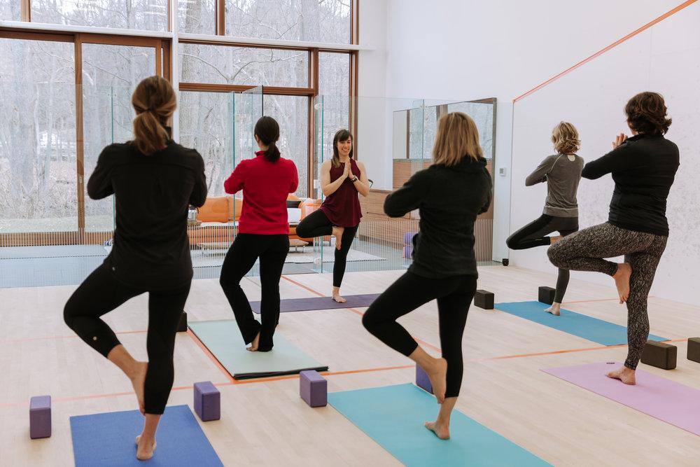 KarliCadel-MeganYoung-Yoga-0558.jpg