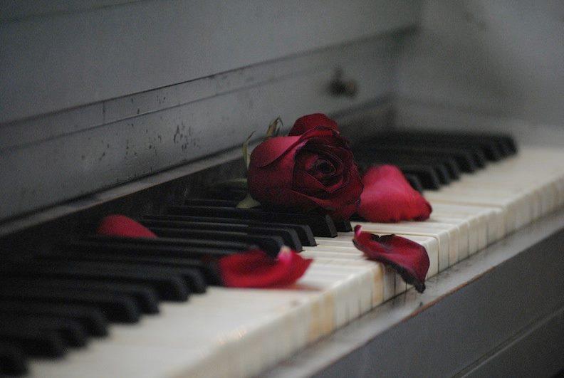 roseheart.jpg