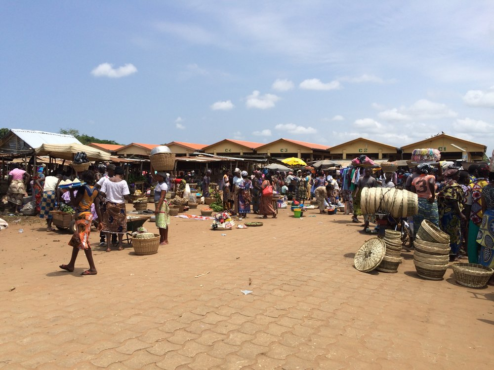 Central market (Marchéde Pahou) in Ouidah, 2015