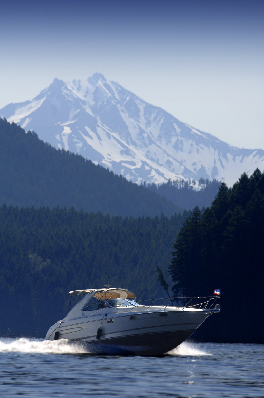 Boat & Mt. Jefferson.jpg