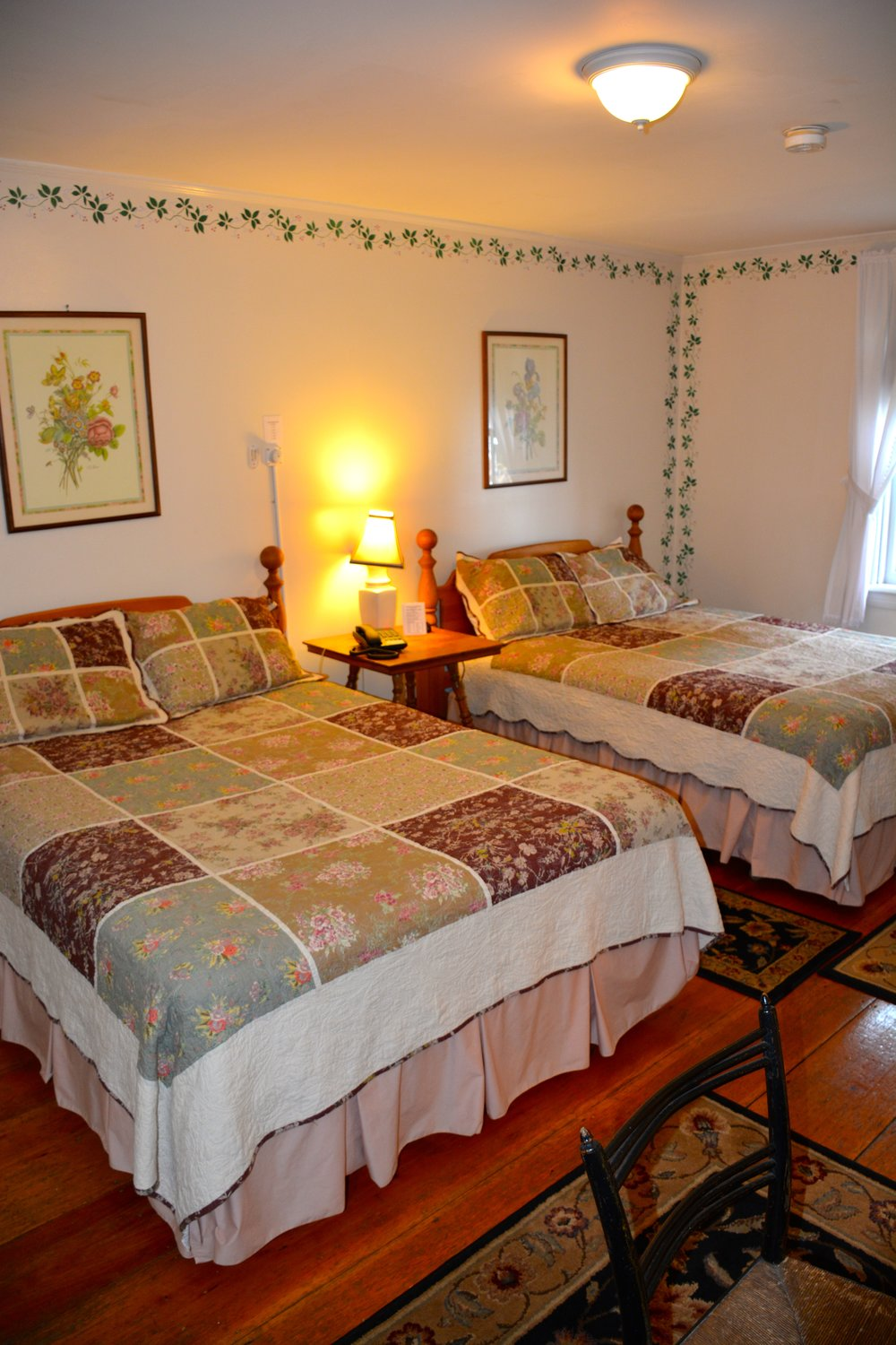 The Manchester Room - The Dowds' Country Inn - Lyme, NH