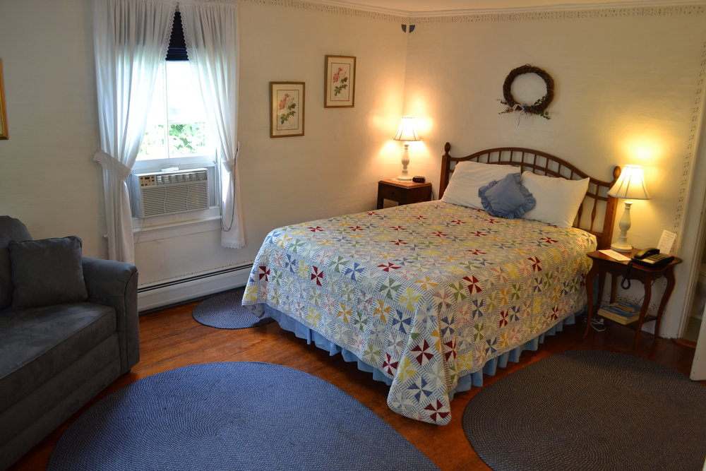 The Bowden Room - The Dowds' Country Inn - Lyme, NH