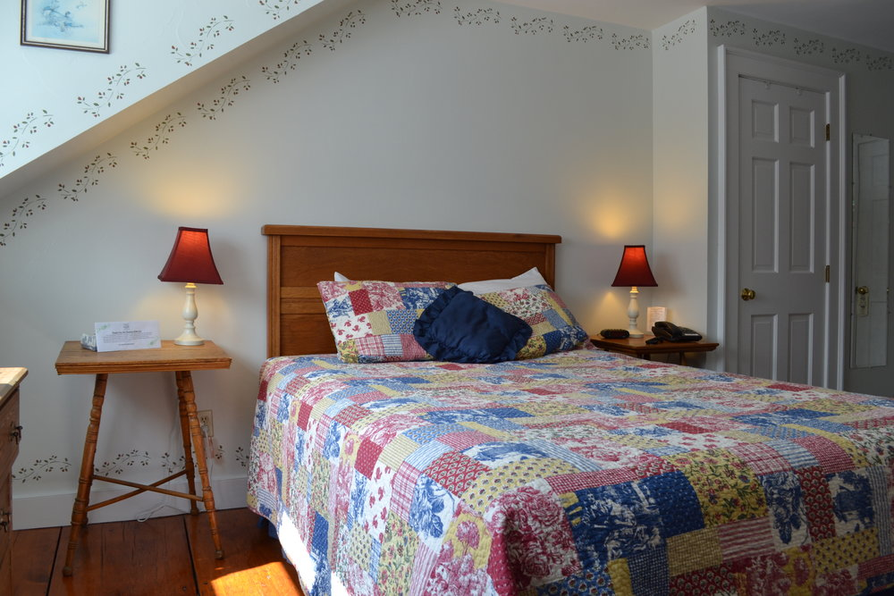 The New Hampshire Room - The Dowds' Country Inn - Lyme, NH