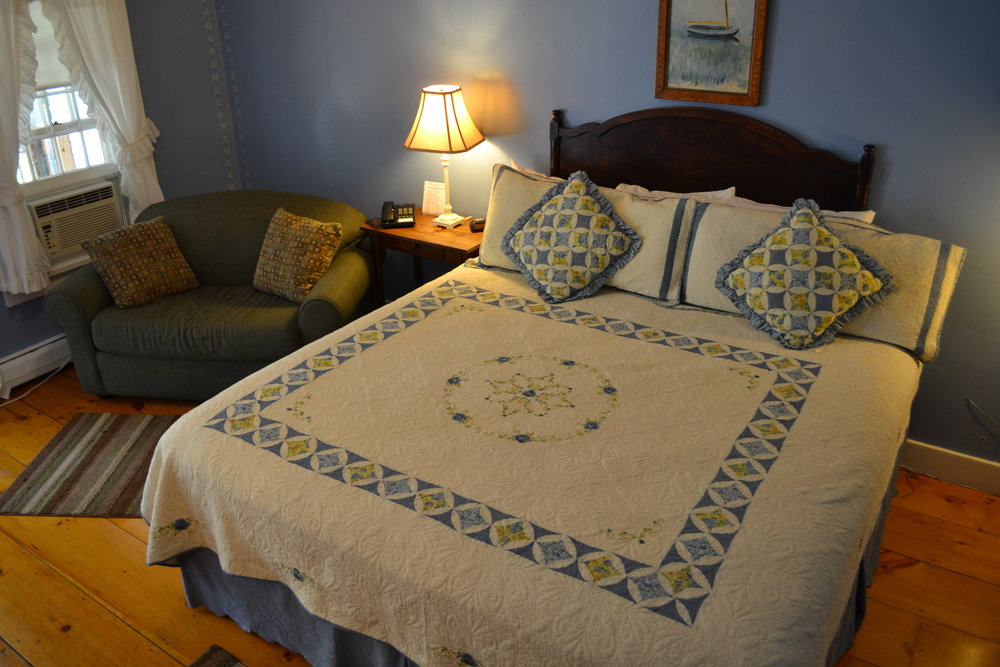 The Woodbury Room - The Dowds' Country Inn - Lyme, NH