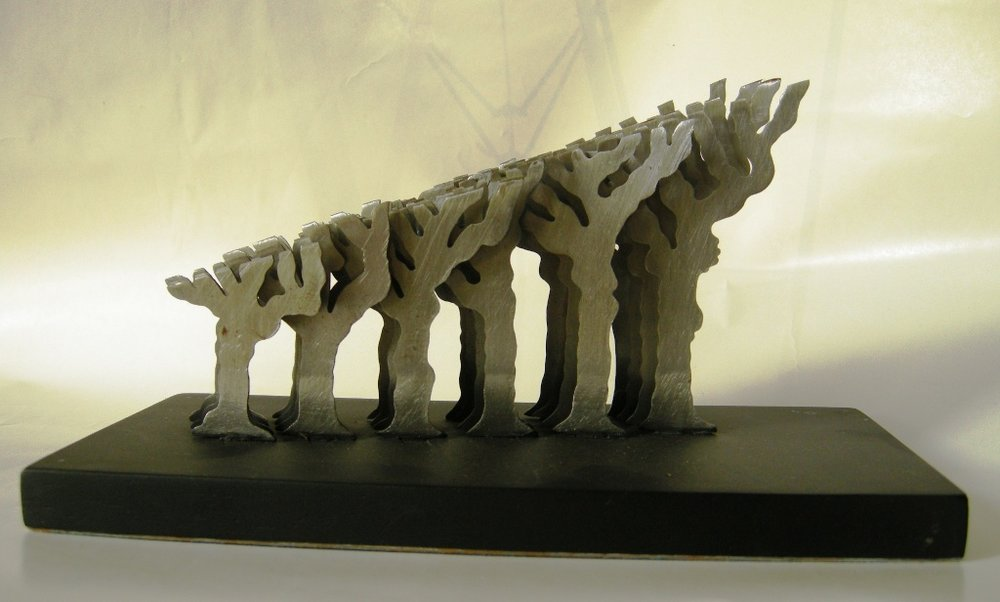 Bernardo Salcedo La poda 2005 Metal sobre base de madera  12.5 x 11.6 x 24.5 cm. NR.jpg