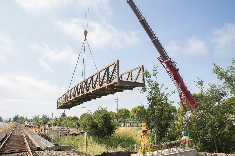 Nielson_Salvador_Channel_Bridge_6.1
