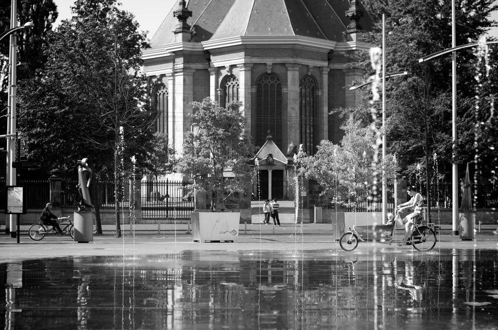 stock-photo-nieuwe-kerk-the-hague-1891790.jpg