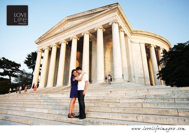 Jefferson Memorial engagement session