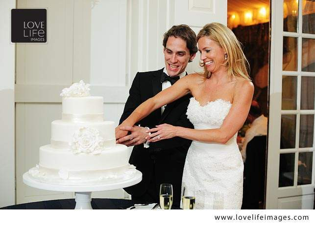 cake-cutting photo