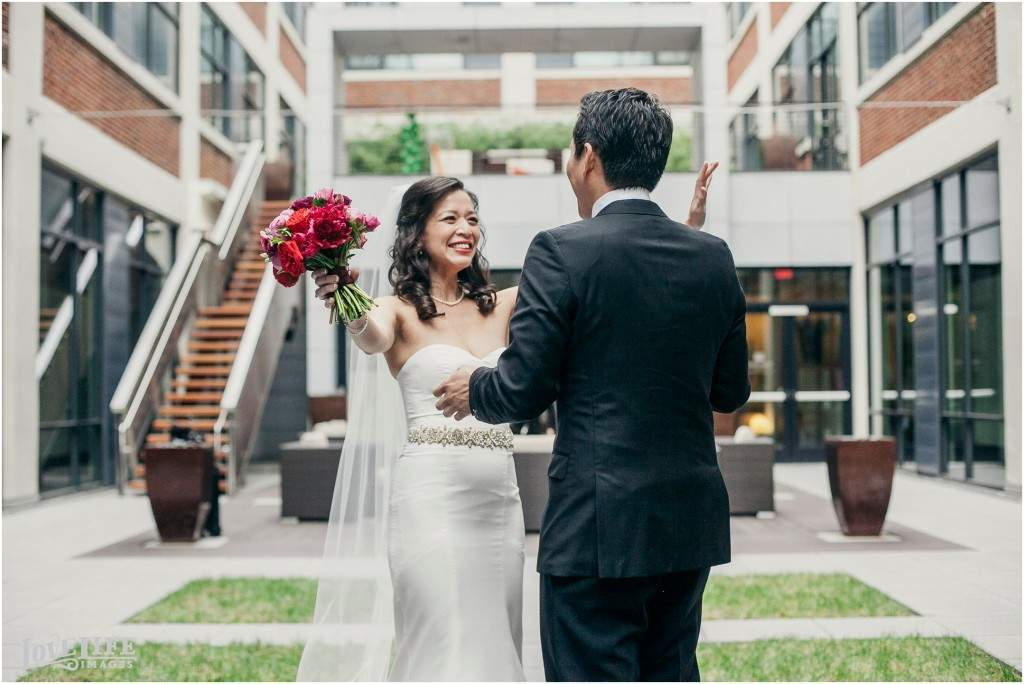 Wedding Photography Advice: First Looks