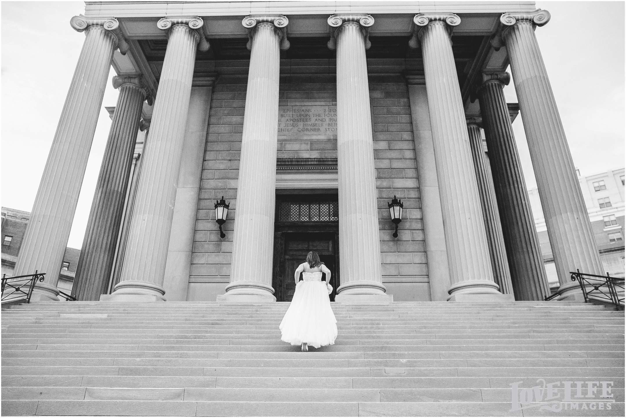 Love Life Images - Lincoln Restaurant Wedding: Daniella and Chad