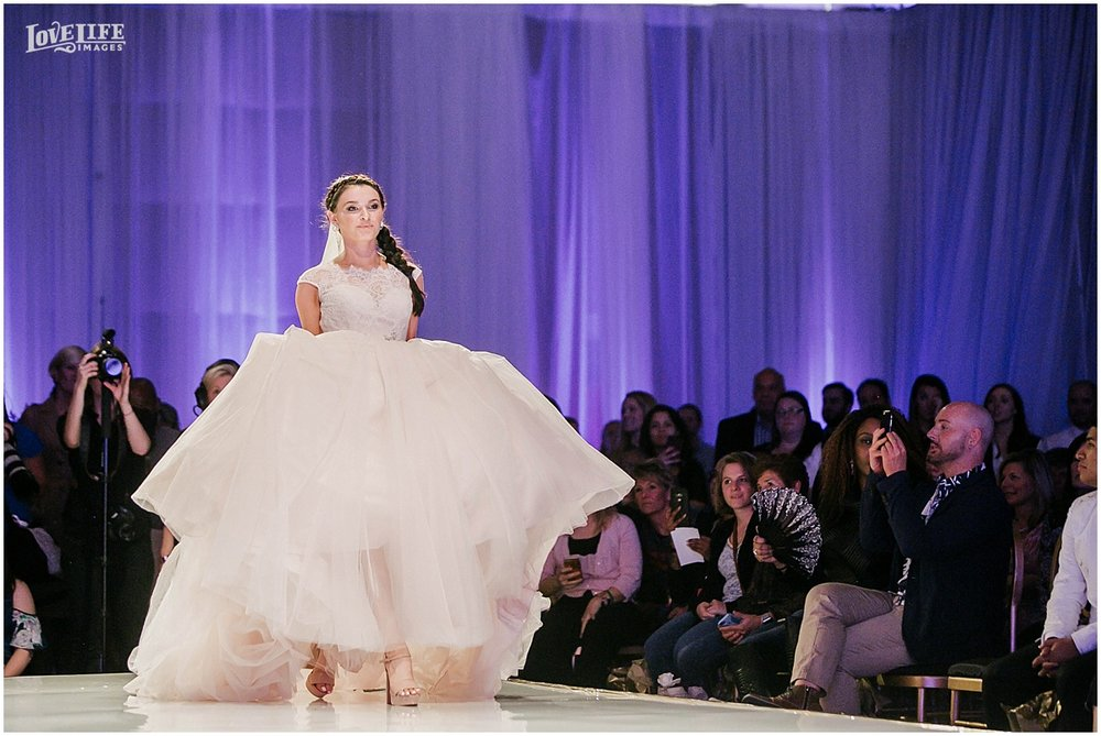 Baltimore Bride Aisle Style 2017 Love Life Images0001