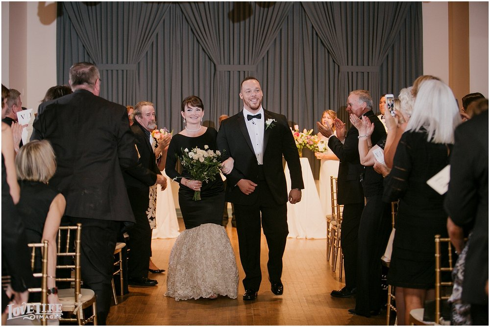Clarendon Ballroom Wedding_0015.jpg