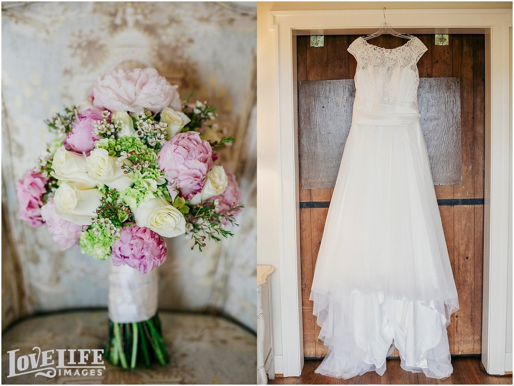 Bluemont Vineyard Wedding_0001.jpg
