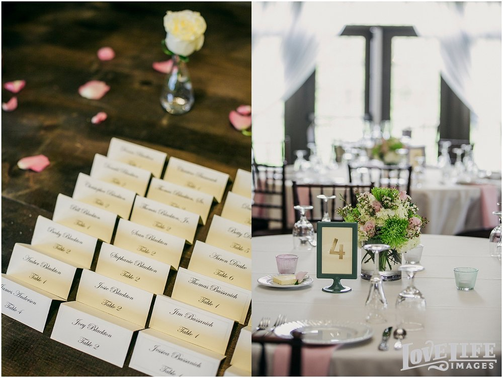 Bluemont Vineyard Wedding_0012.jpg