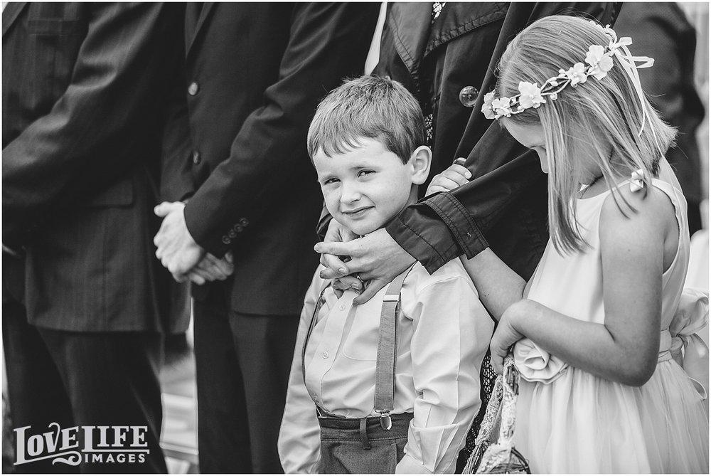 Bluemont Vineyard Wedding_0020.jpg