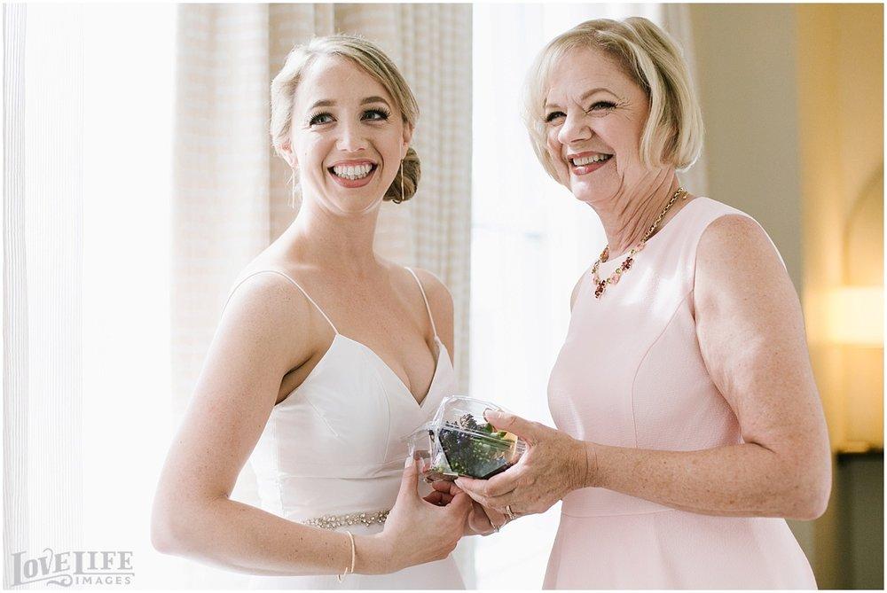 Longview Gallery DC Wedding bride with mom.jpg