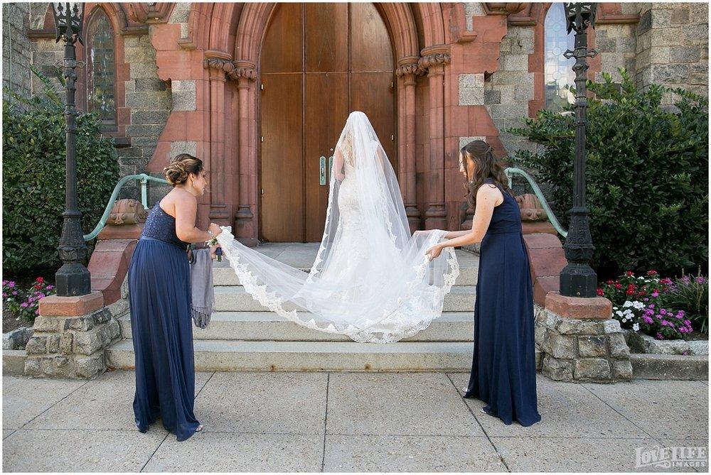 Mayflower Hotel DC Wedding bride outside church.jpg