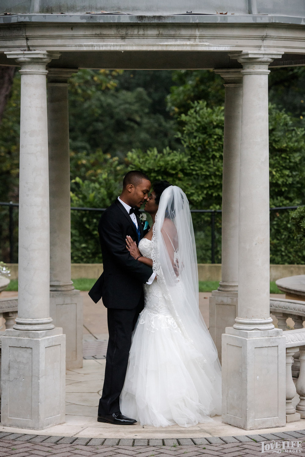 Omni Shoreham DC Wedding couple portrait in gazebo.jpg