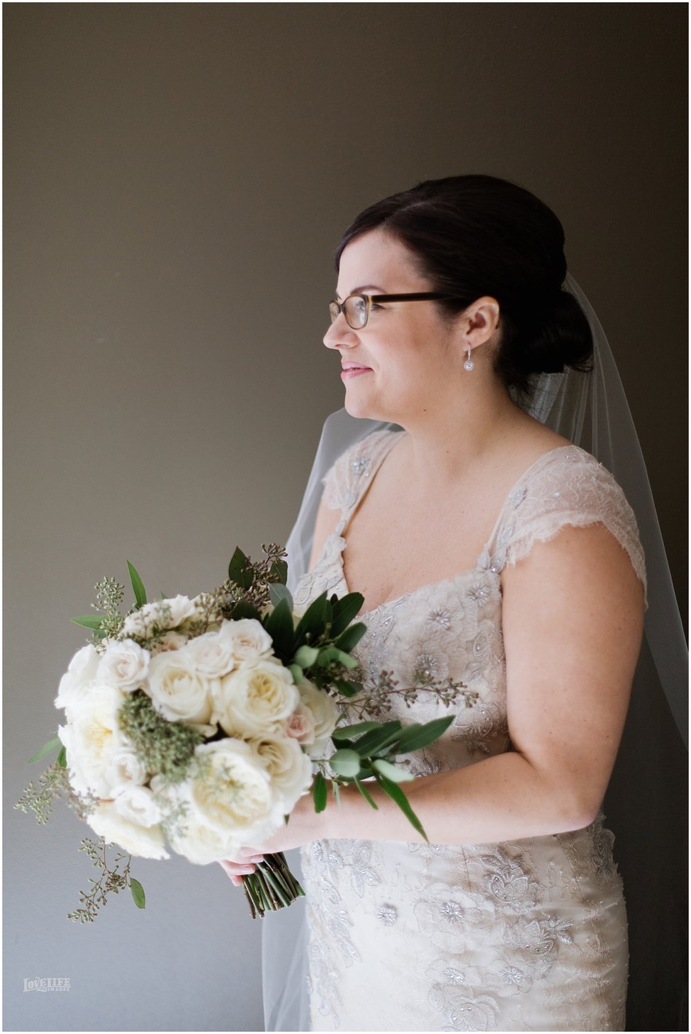 Dumbarton House wedding bride portrait with bouquet.JPG