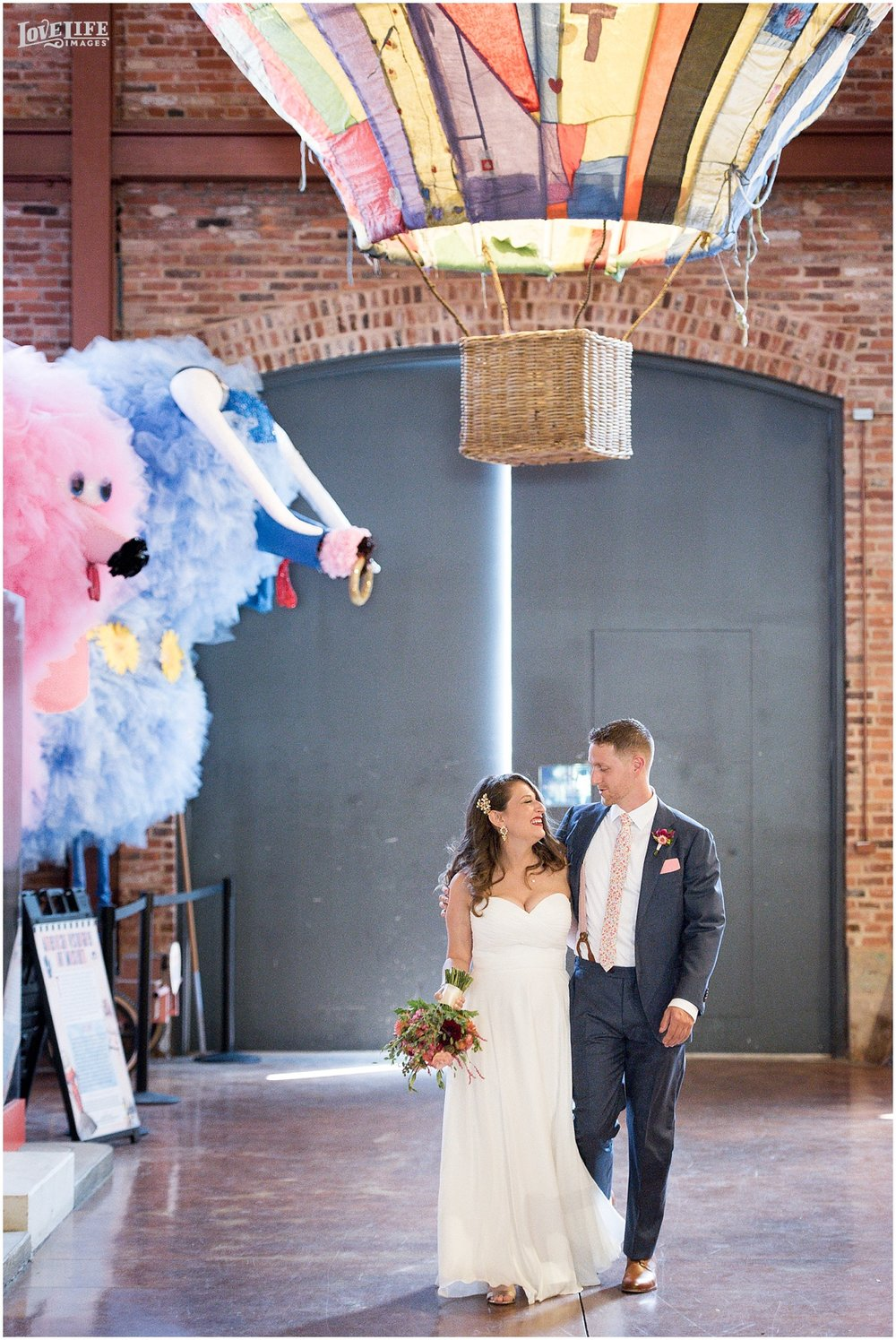 American Visionary Art Museum Baltimore Wedding_0002.jpg