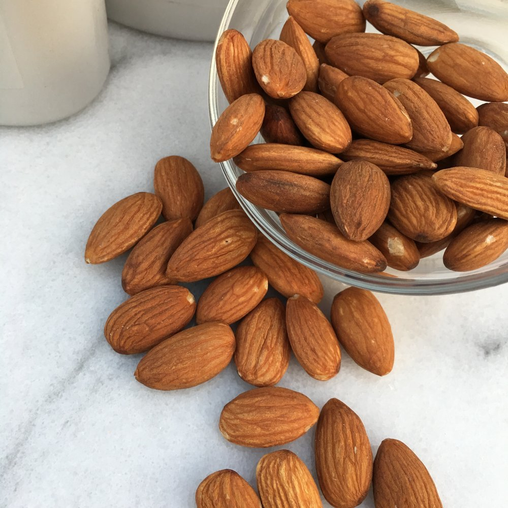 Sweet Almond Oil adds silkiness and shine with nutrient rich Omega 3 fatty acids.