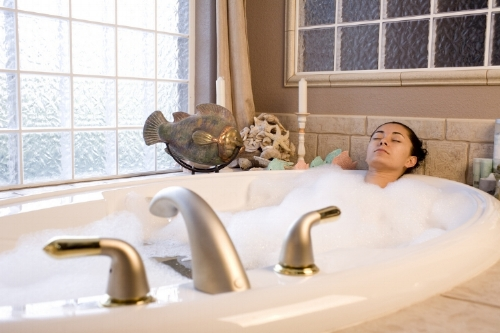 A warm soak encourages deep muscle relaxation, promotes blood flow and increases endorphines.