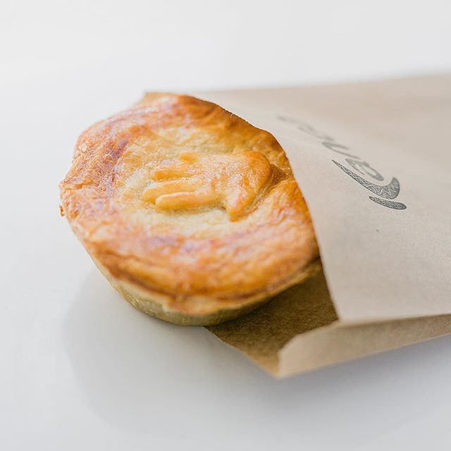 Who could use some comfort food today? Nothing better than a hearty meat pie and a gloomy day... #torontofood #thesixfood #torontofoodie #comfortfood  #kangaloyalty #vipiestatus