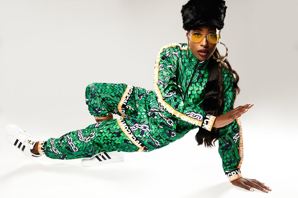Issa Rae (as Missy Elliott)