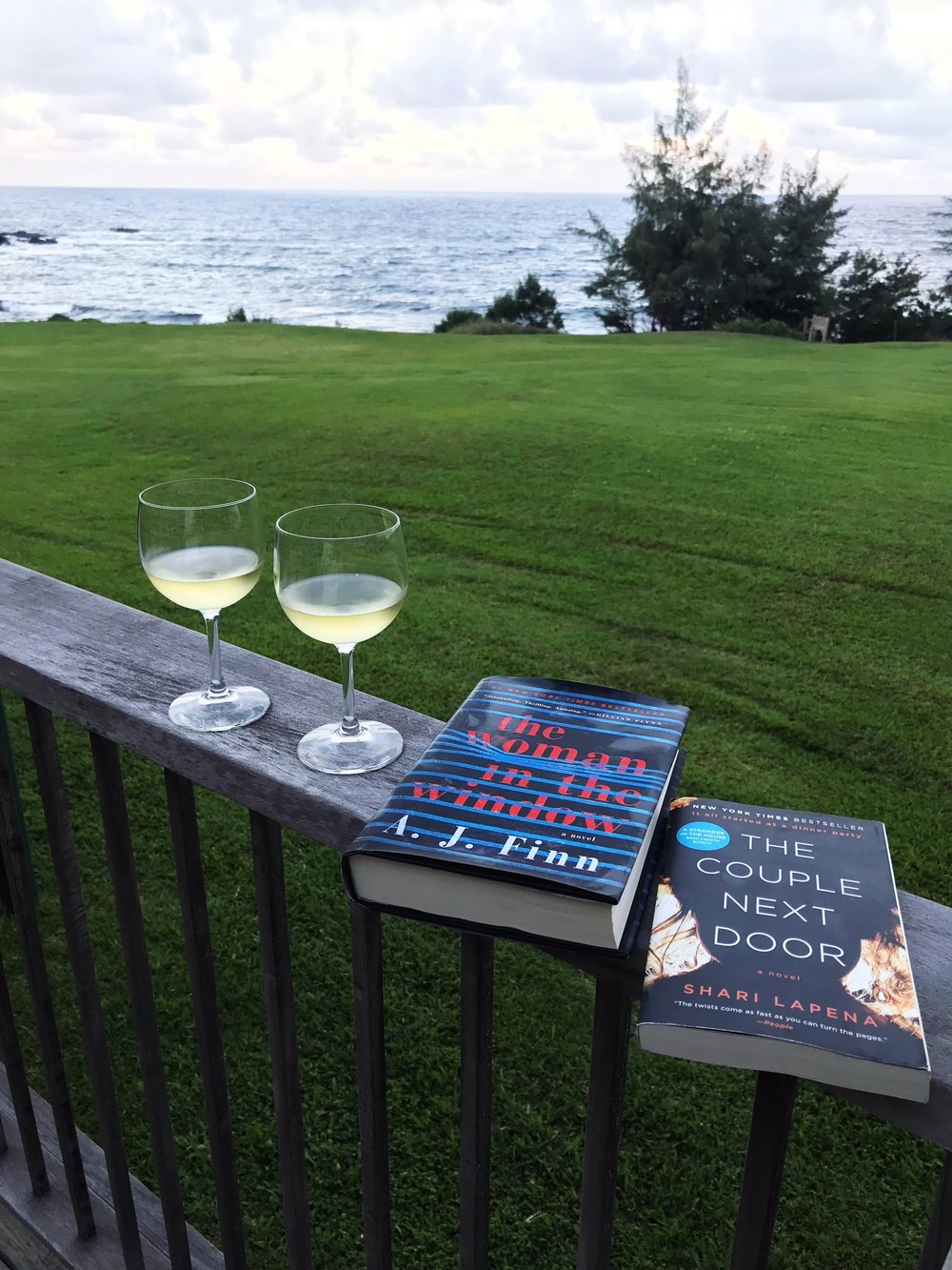 Wine_Hana_Mystery_Books