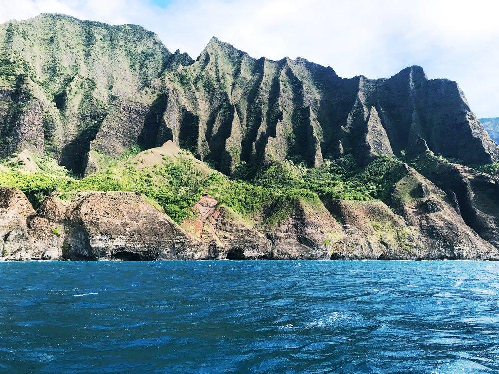 Na_Pali_Coast_Mountains