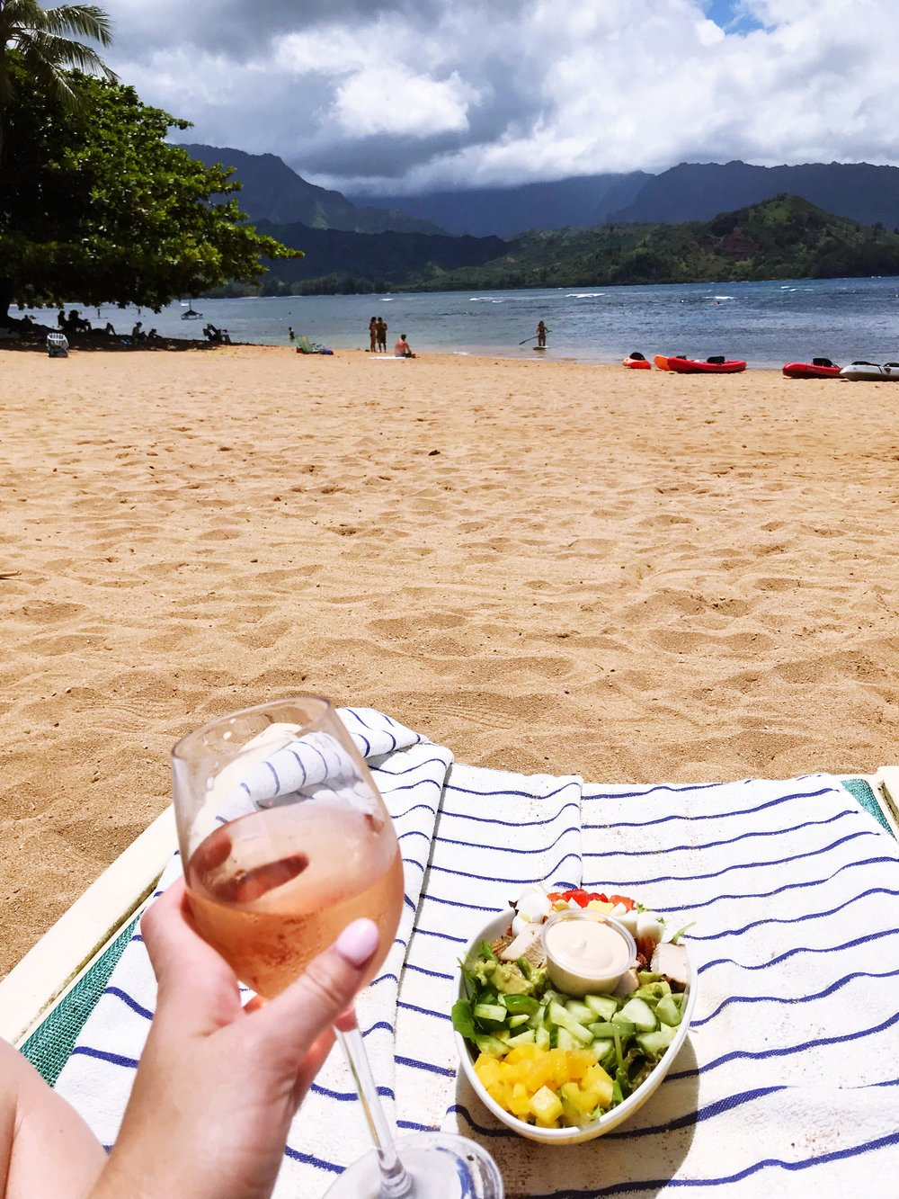 At lunch I switched to wine, which is the way to go here if you want to get your vacation buzz on :)
