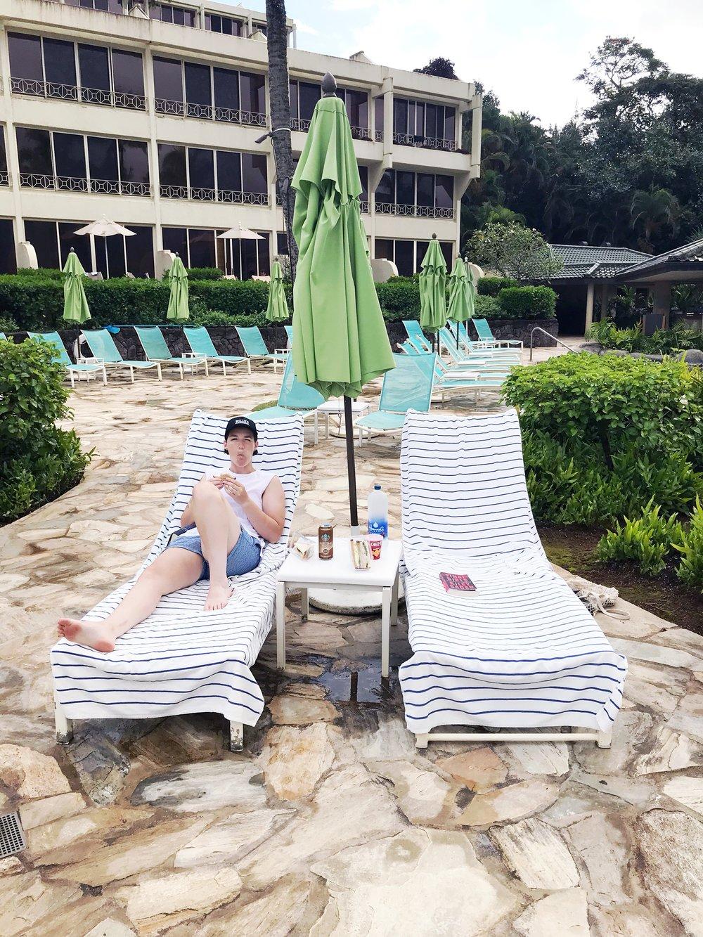 Pool_Chairs_St_Regis