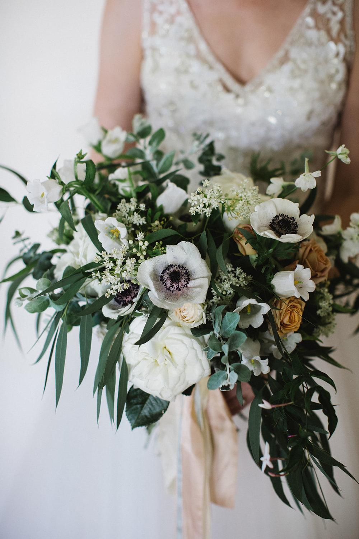 Bridal_Bouquet_Whit_Hazen
