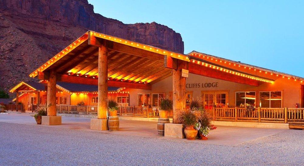 Image via  Red Cliffs Lodge