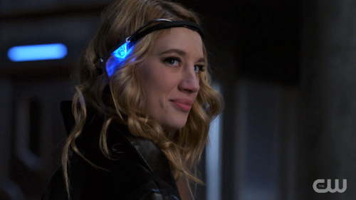 Supergirl-311-18-Psi-smiles.png