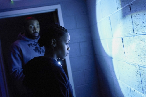Black_Lightning_1x08_Promotional_Photo_01.jpg
