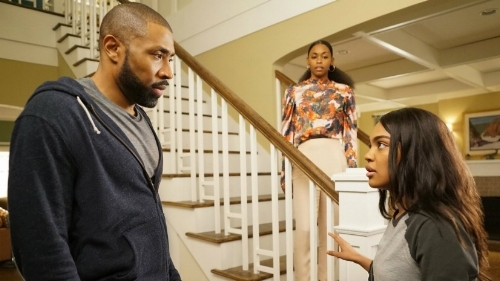 black-lightning-episode-9-review-book-of-little-black-lies.jpg