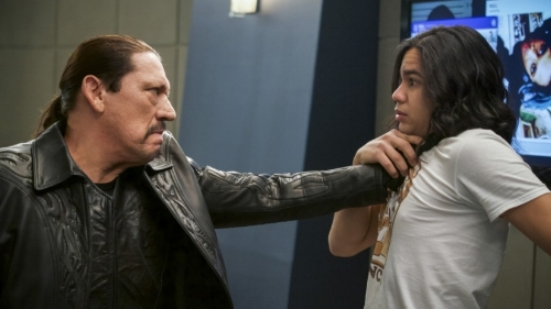 the-flash-season-4-episode-17-review-null-and-annoyed-danny-trejo.jpg