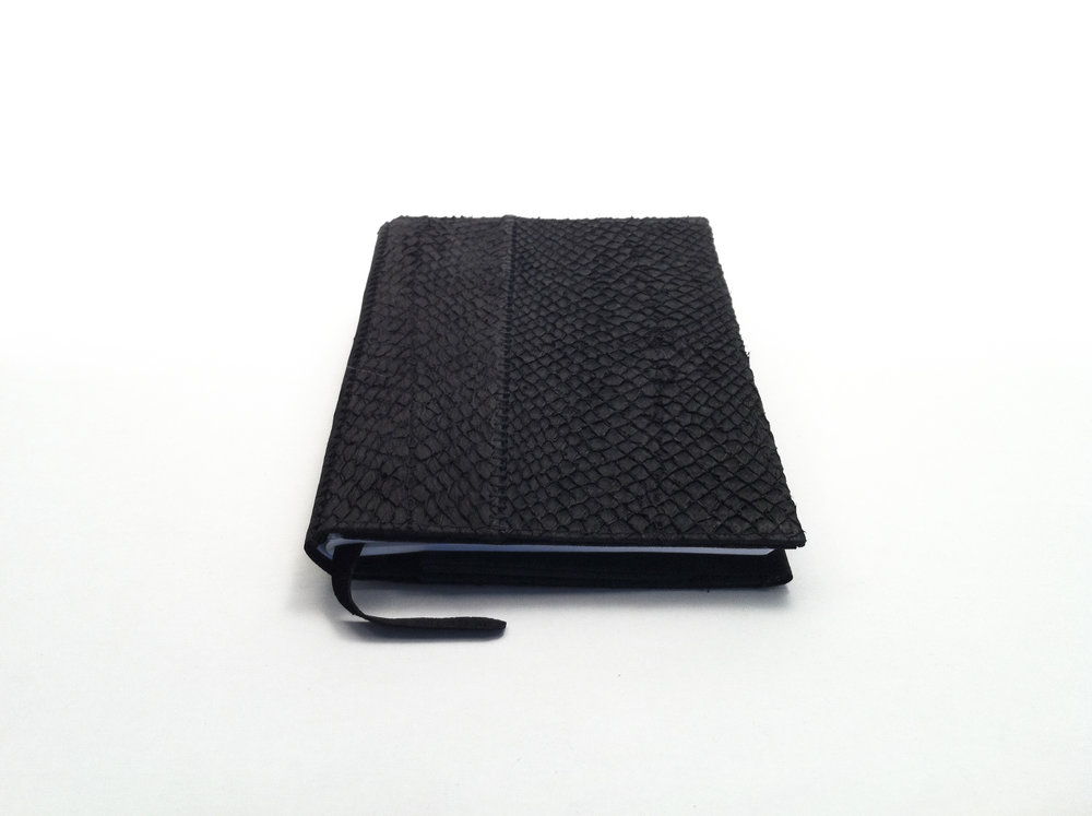 HYD - Notebook Black Salmon