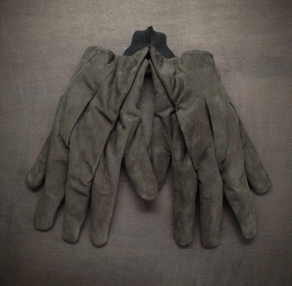 The Survivalist #5 Airflow Glove - Front.jpg