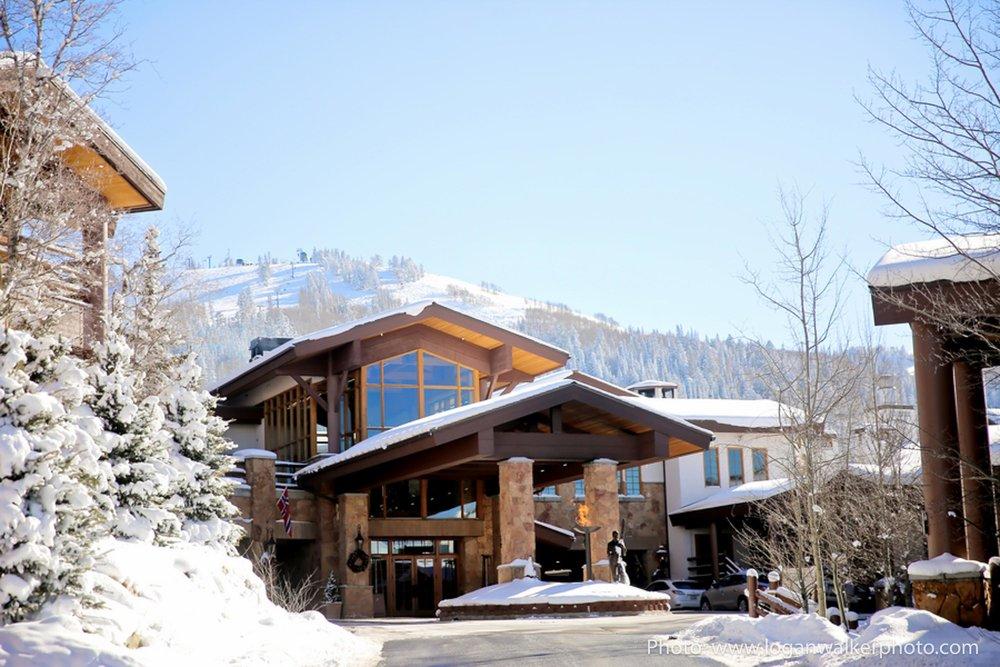 White and Gold Wedding Stein Eriksen Lodge--16.jpg