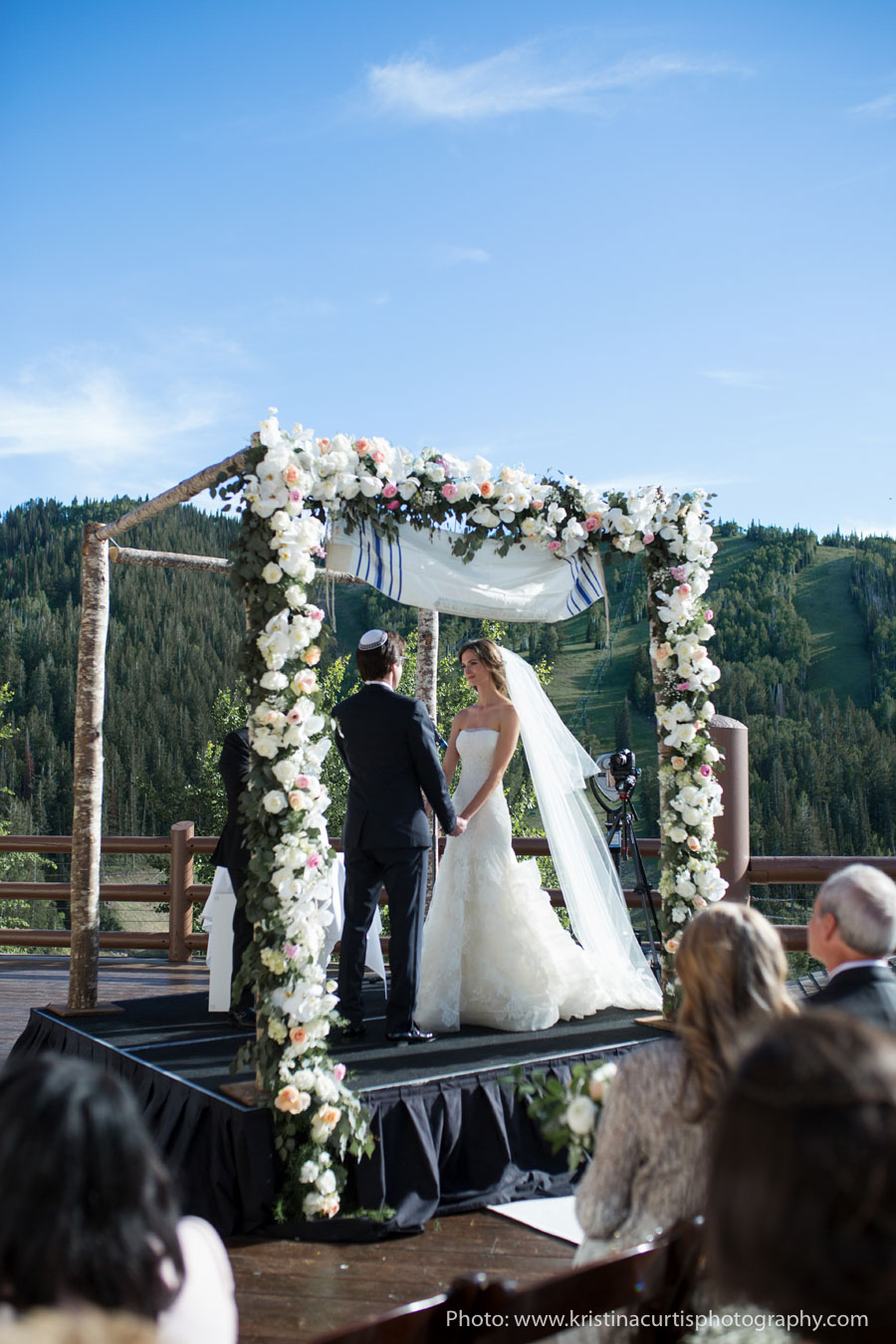 Best Park City Wedding Venue_Winter_Weddings_Stein_Eriksen_Lodge-0527.jpg